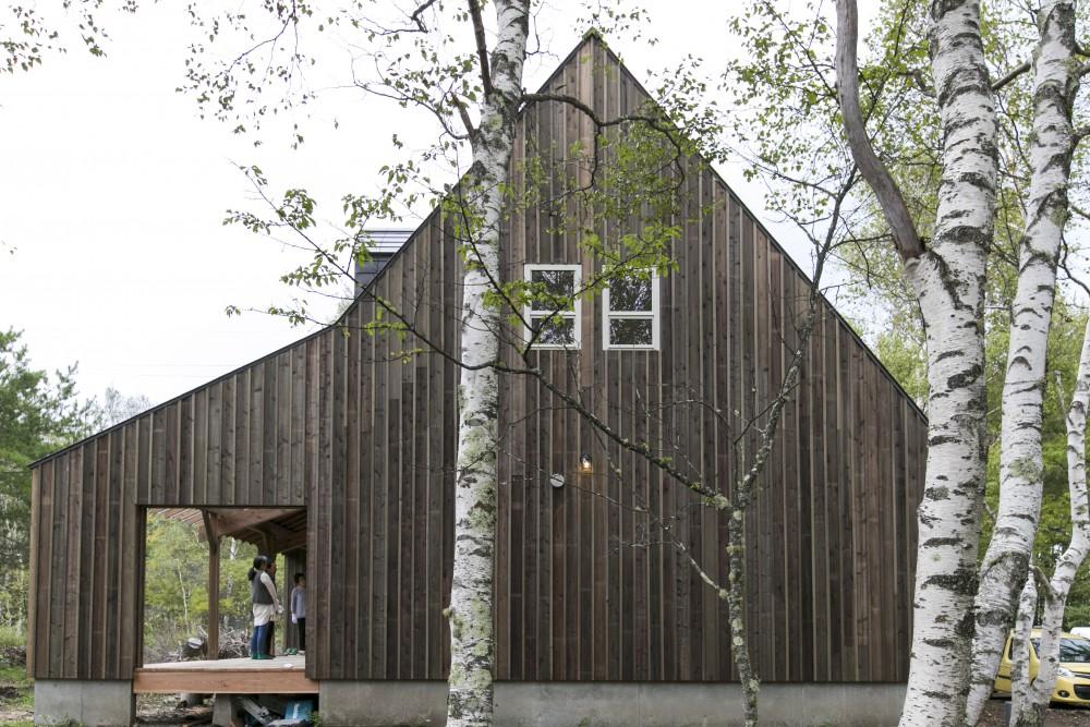 山の中のティンバーハウス